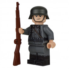 WW2 German Rifleman Minifigure